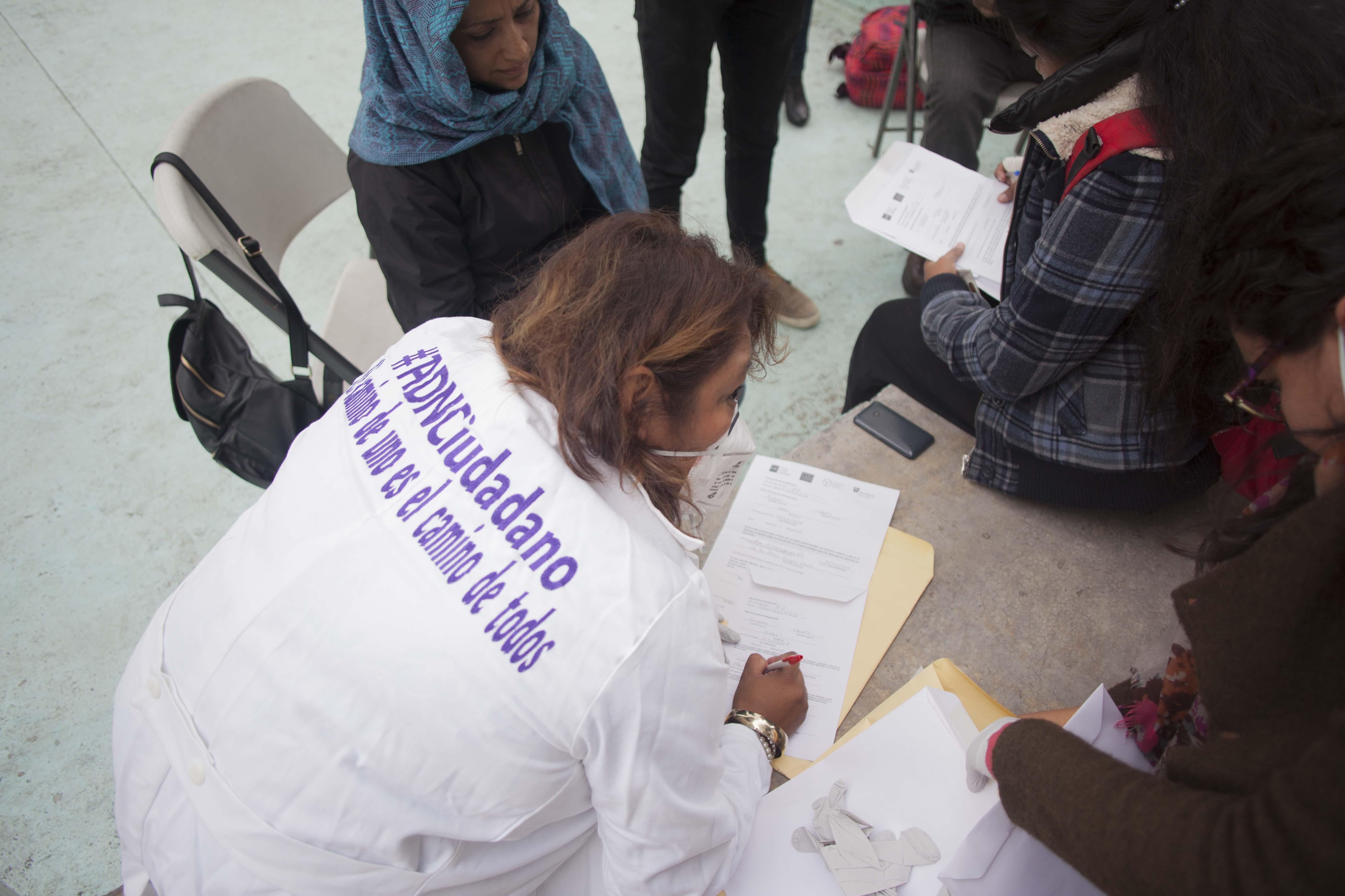 Desde hace tres años, Graciela Pérez es parte del proyecto Ciencia Forense Ciudadana, en Tamaulipas, capacitado para elaborar un banco de ADN. / Foto: Monica Gonzalez Islas/ Pie de Pagina Red de Periodistas de a Pie