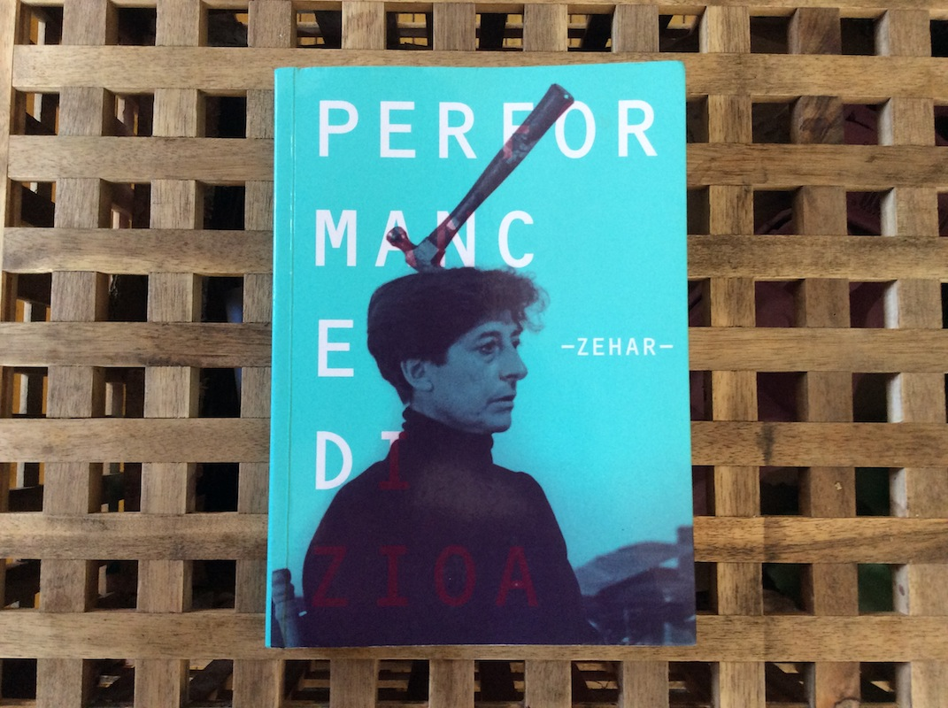 Portada del libro 'Performance', de Esther Ferrer