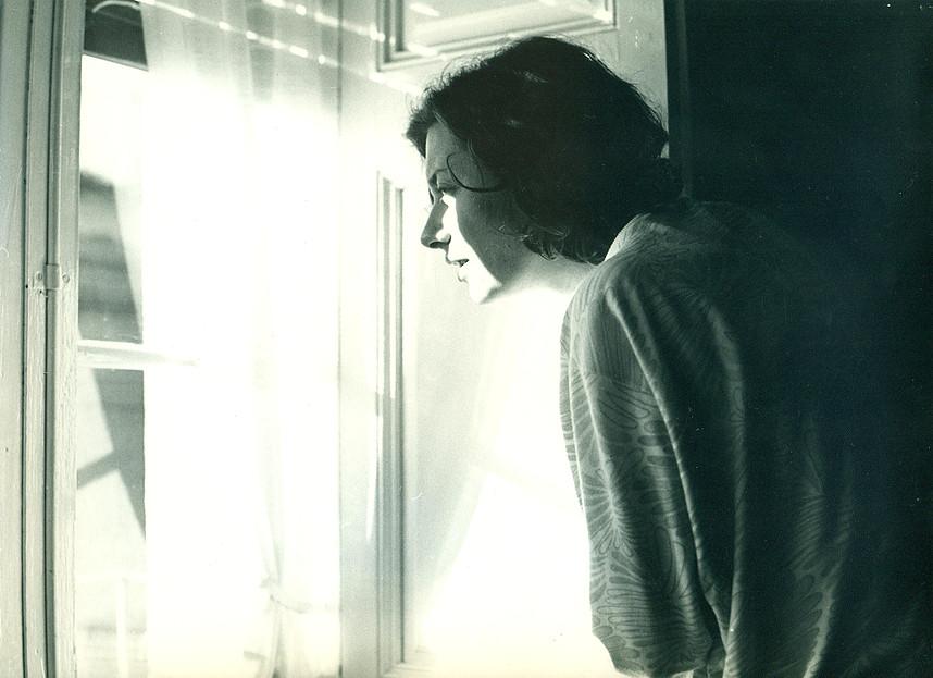 ''Mirar el sol', de Fina Miralles. Serie Relacions,