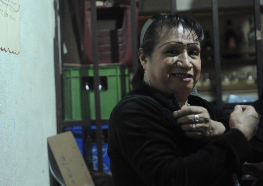 Una mujer trans del colectivo Trébol Rojo de Guatemala. / Foto: Cristina Chiquín